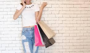Fashion sales 2017 – cele mai bune moduri de a profita de reducerile de îmbrăcăminte