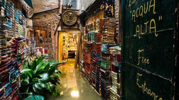 Top 5 cele mai frumoase și unice librării din întreaga lume